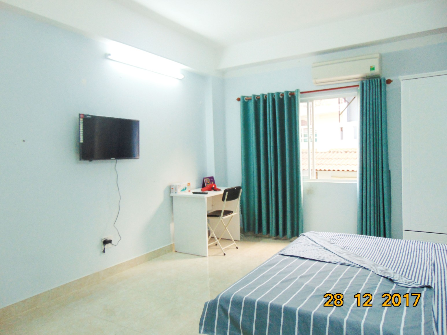 YT-STUDIO3-Fully furnished Studio Apartment, Cool Space, Window View
