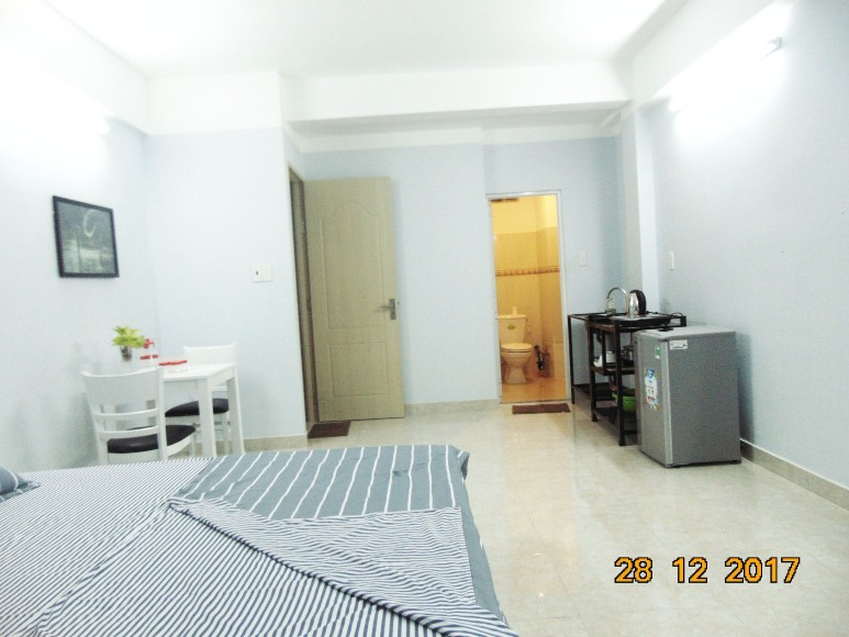 YT-STUDIO5-Fully furnished Studio Apartment, Cool Space, Window View